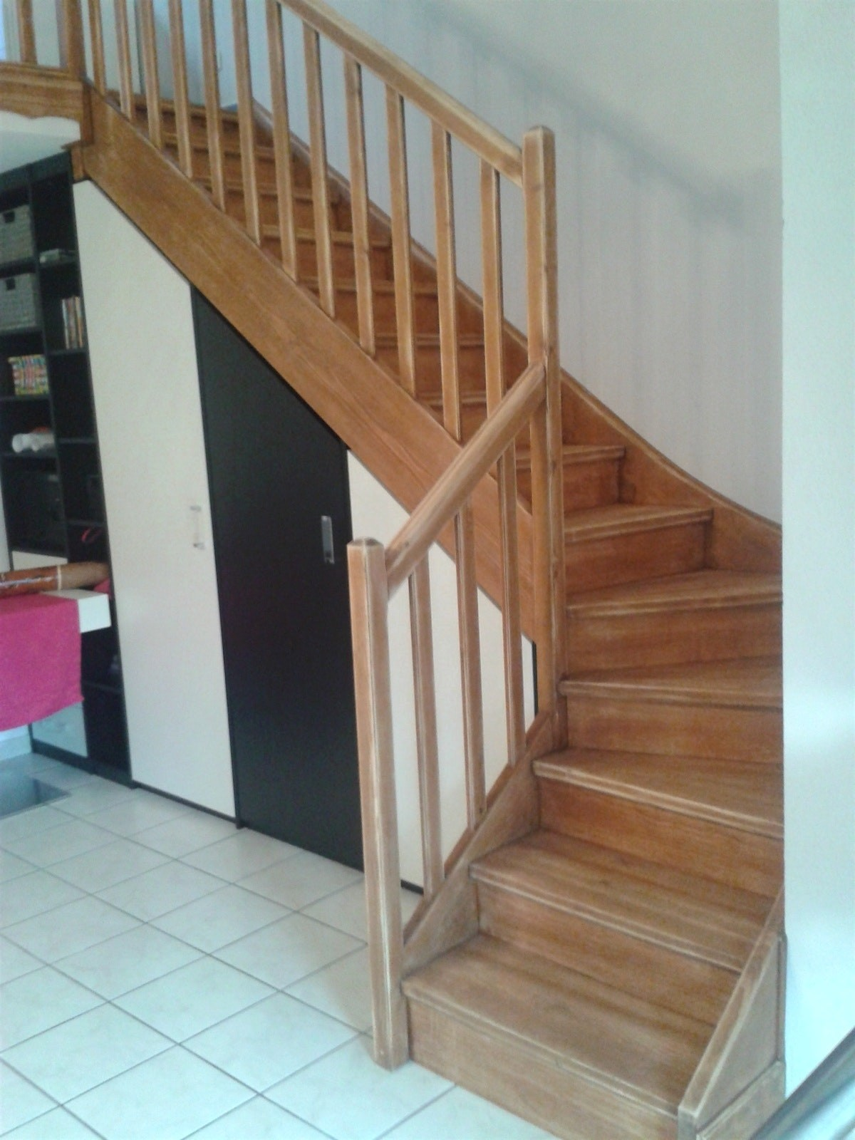 vous cherchez une entreprise pour votre escalier en bois sur lige namur brabant wallon luxembourg confiez votre projet la menuiserie hoeters